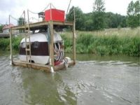 Small Redneck Houseboat